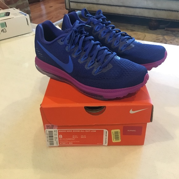 premium selection 5fb0e 041db Nike Zoom All Out Low running shoes! perfect cond.  M 5b2fff2c4ab63356b3c7008d